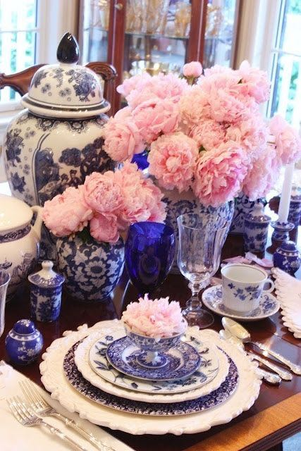 ibiza hotel flowers and fresh bouquets crockery