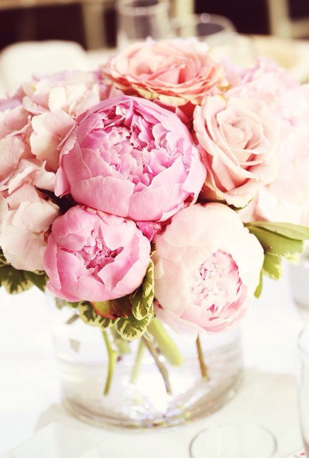 ibiza hotel flowers and fresh bouquets peonies