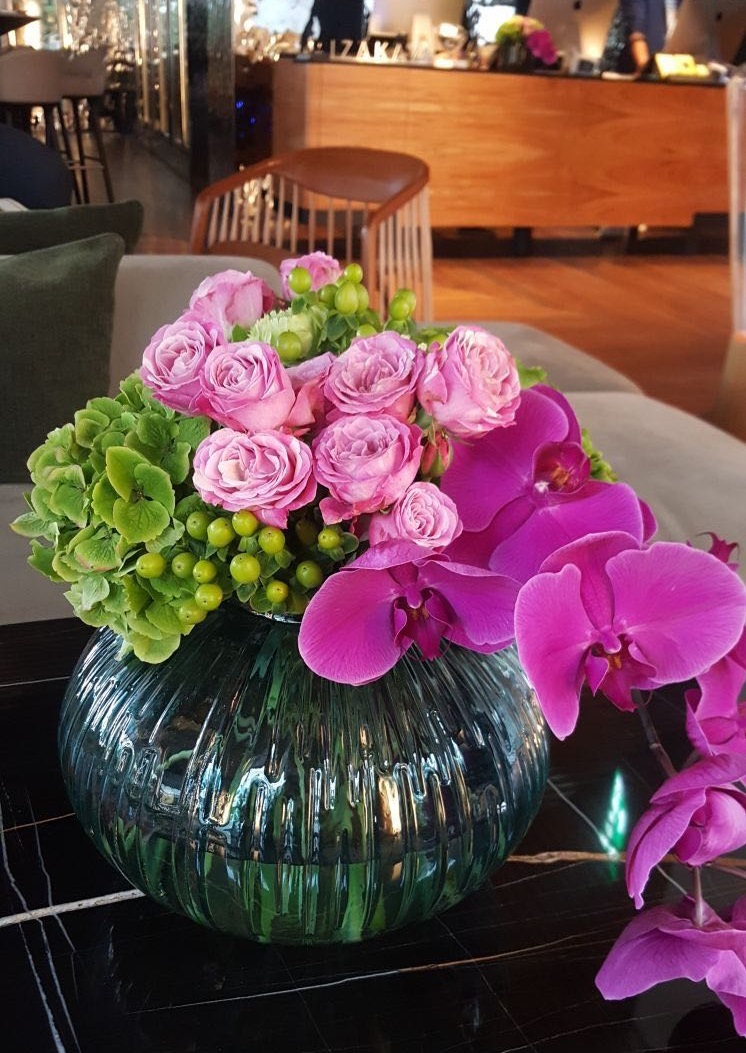 ibiza hotel flowers and fresh bouquets with roses