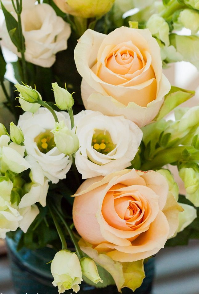 ibiza hotel flowers and fresh bouquets white roses