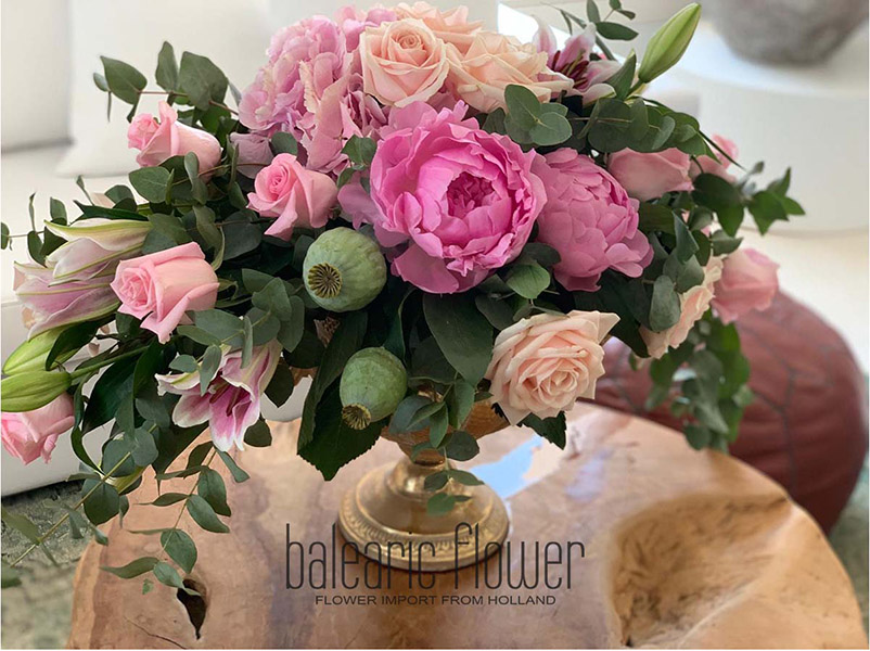table-flower-arrangement-ibiza-villa2
