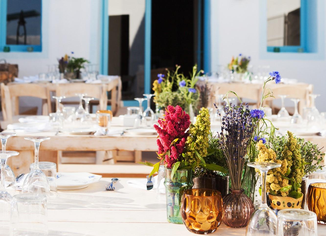 event dinner ibiza fresh flowers
